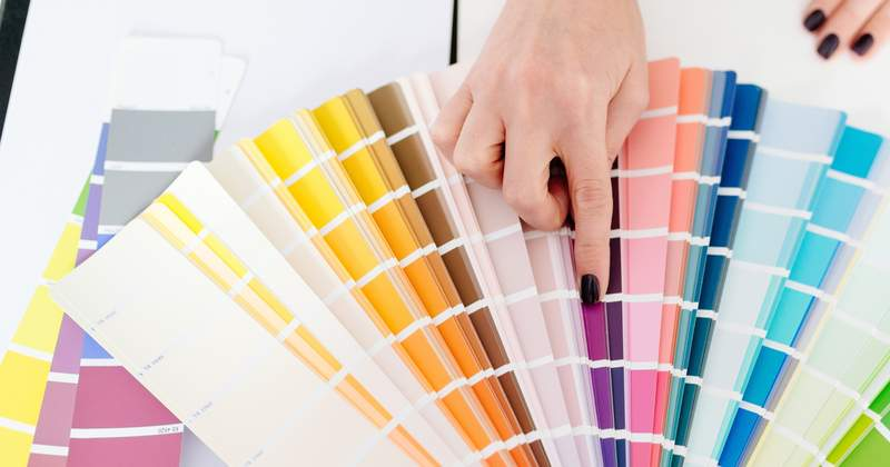 What are the hot home colors of 2018?